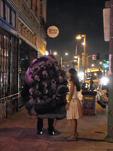 black cloud and girl on Alvarado 02